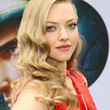 Amanda Seyfried Hair - Long Wavy Cut