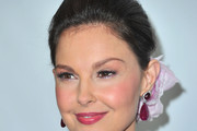 Ashley Judd Bobby Pinned updo
