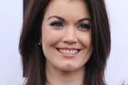 Bellamy Young Medium Straight Cut