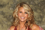 Christie Brinkley Medium Curls
