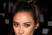 Shay Mitchell Hair Knot