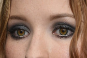 Emily Browning Makeup