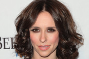 Jennifer Love Hewitt Medium Curls