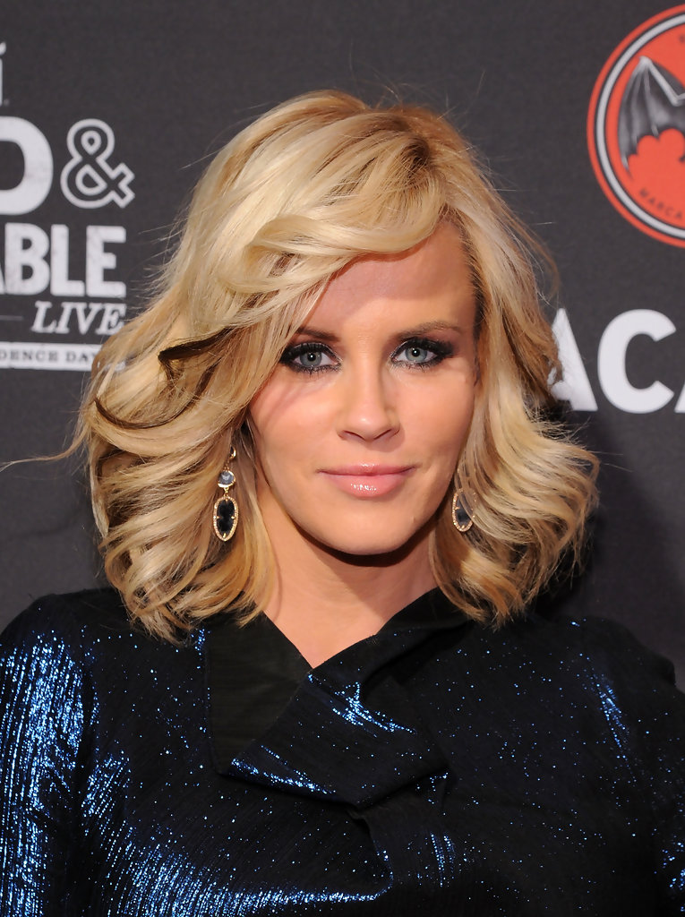 Jenny Mccarthy Medium Wavy Cut With Bangs Shoulder
