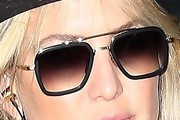 Kate Hudson Modern Sunglasses