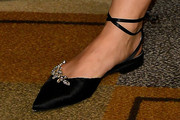 Katie Lowes Flats