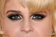Kelly Osbourne Smoky Eyes