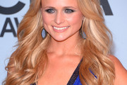 Miranda Lambert Long Wavy Cut