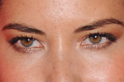 Olivia Munn Neutral Eyeshadow