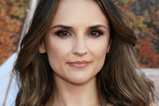 Rachael Leigh Cook Shoulder Length Hairstyles