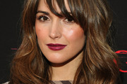 Rose Byrne Long Wavy Cut with Bangs