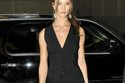 Rosie Huntington-Whiteley Vest