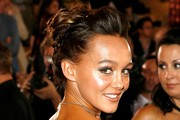 Sharni Vinson French Twist