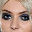 Taylor Momsen Beauty - Smoky Eyes