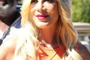 Tori Spelling Long Hairstyles