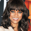 Tyra Banks Hair - Medium Wavy Cut