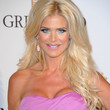 Victoria Silvstedt Hair - Long Wavy Cut