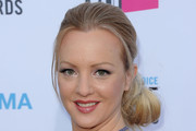 Wendi McLendon-Covey Chignon