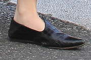 Zoey Deutch Flats