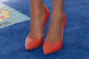 Emily Osment Pumps