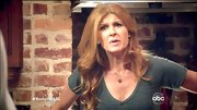 Connie Britton sweetened her T-shirt with a delicate heart necklace.