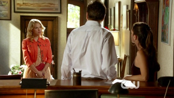 More Pics of Claudia Lee Day Dress (1 of 9) - Hart of Dixie Lookbook - StyleBistro