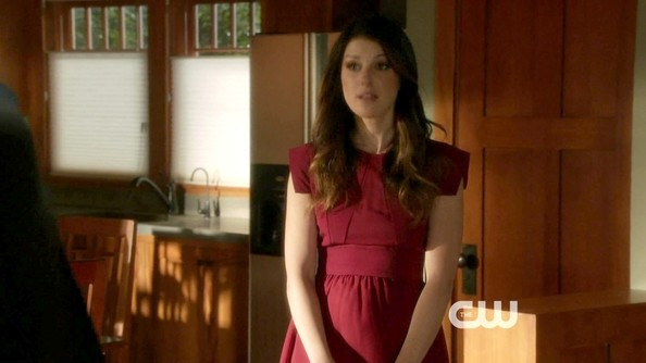 Shenae Grimes kept her style sweet and feminine on '90210' in this red fit-and-flare frock.