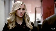 Hello bombshell! Claire Holt wears her pale blond hair in smooth full curls for a knockout look.