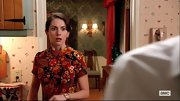 Alison Brie channeled the '70s on 'Mad Men' when she sported this retro paisley dress.