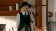 Elisha Cuthbert had an Annie Hall moment on 'Happy Endings' in oversized menswear.