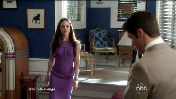 Madeleine Stowe was pretty in purple on 'Revenge' in this streamlined sheath.