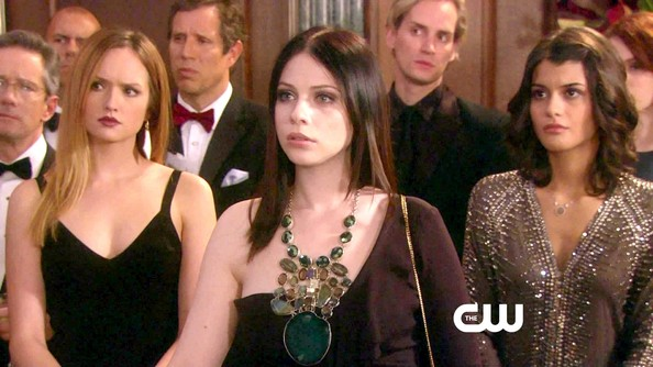 Michelle Trachtenberg Gemstone Statement Necklace