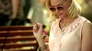 Jaime King kept things matchy-matchy on 'Hart of Dixie,' wearing pastel shades and a chunky rose bracelet.