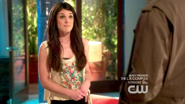 Shenae Grimes Long Straight Cut