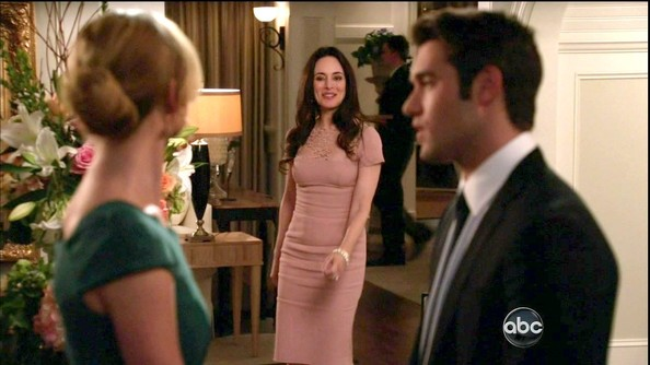 Madeleine Stowe was sophisticated on 'Revenge' in this tight pink dress with lace detailing.