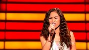 Jessica Sanchez's side-parted locks were one part finger waves, one part '90s crimped on 'AI.'