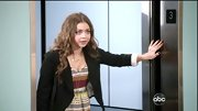 Sarah Hyland was right on trend on 'Modern Family' in this darling tribal print frock.