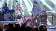 While on stage performing in 'Nashville', Hayden Panettiere rocked black short shorts!