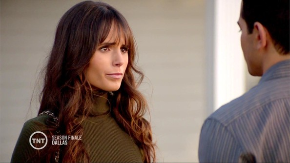 More Pics of Jordana Brewster Turtleneck (1 of 17) - Tops Lookbook - StyleBistro