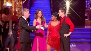 Gladys Knight showed off her newly slimmed down figure in a beaded ruby dress on 'DWTS.'