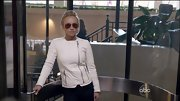 Hayden Panettiere showed her diva style with a fitted white jacket and oversized aviator shades on 'Nashville.'
