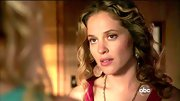 Margarita Levieva gave her on-screen style a bohemian vibe with hammered gold disc earrings.